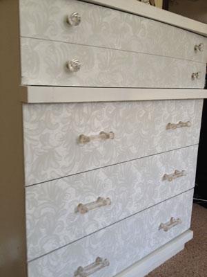 dresser-detail