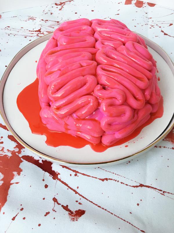 zombie-brain-cake-8