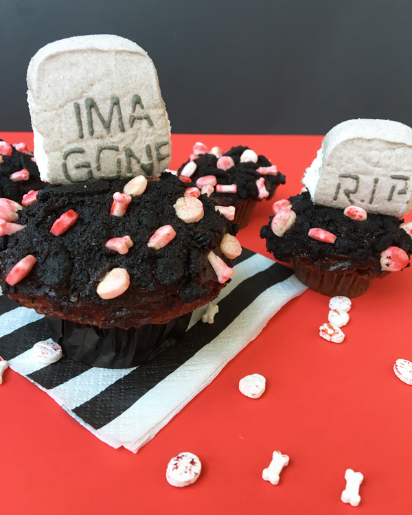 graveyard-cupcakes-5